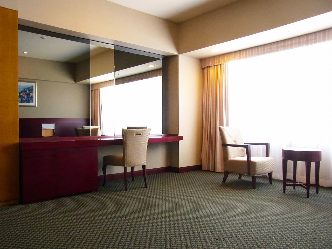 京阪ホテル guest room